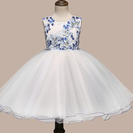 Wholesale Handmade Embroider Flower Dress - Hot handmade flower dress girls embroidered sticky butterfly princess dress bow skirt in Europe and the United States