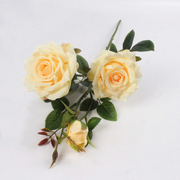 decorações de festa parisiense Desconto Novo design Artificial 3heads Paris Rosas Flores Plantas Artificiais Flores De Seda Decorativas Para O Casamento Decoração de Festa Em Casa Accor