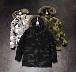 Wholesale Imports Europe - Europe and the United States 2018 winter new men's high-end imported wolf fur collar white duck down camouflage down jacket trend coats