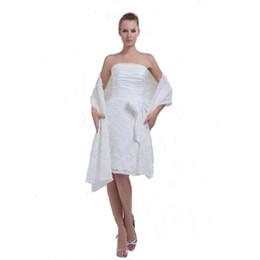 Argentina Vestido de boda corto del estilo del nuevo diseño profesional 2018 con la envoltura del mantón del cordón del vestido de boda blanco del hombro cheap new style professional dresses Suministro
