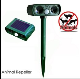 Wholesale Pir Motion Activated - Ultrasonic Animal Repeller Solar Repeller Outdoor Repellent with Motion Activated PIR Sensor Repel Garden Dogs Cats Repeller KKA4348