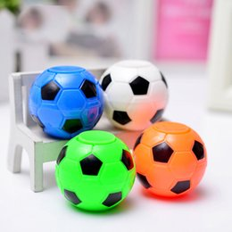 Wholesale Russian Eggs - Football Fingertip Gyro 2018 stress reliever Toy Rotating Finger Football Russian World Cup Promotion Gift Twist egg machine