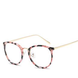 8bcb57fd7e 2019 le strutture degli occhiali tendono alle donne DOWER ME 2018 Moda Uomo  Trend Trasparente Ultralight