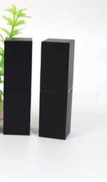 leere schwarze lippenstiftrohre Rabatt freies Verschiffen 100pcs leeren Plastiklippenstiftrohr der hohen Qualität, schwarzes äußeres Quadratform inneres DIY Lippenstiftrohr