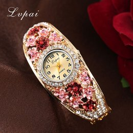 Wholesale Cheap Ladies Fashion Watches - Lvpai Cheap Sale Fashion Women Flower Bracelet Watches Wristwatch Ladies Luxury Brand Quartz Watch Female Gift Clock watch