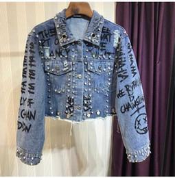 2018 nouvelles femmes automne cols à manches longues en cristal strass patched doodle lettre impression trous jeans denim courte culture top manteau ? partir de fabricateur