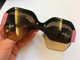 Modo caldo di vendita di moda stile avant-garde designer occhiali da sole donne preferiti occhiali di tendenza colore splicing semi-telaio occhiali di alta qualità da
