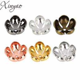 Canada 50pcs / lot taille intérieure 12mm cuivre creux fleur Spacer Capsules de perles pour la fabrication de bijoux en filigrane lâche embouts de perles F5200 à la main Offre