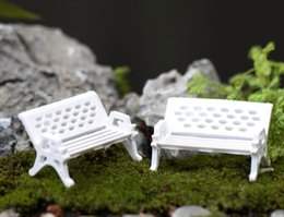 2019 decoração do pátio Artesanato Mini Moderno Bancos de Parque Miniatura de Fadas Jardim Miniaturas Acessórios Brinquedos para Casa de Boneca Decoração Do Pátio decoração do pátio barato