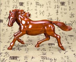 Décoration de sculpture sur bois rouge en Ligne-Sculpture sur bois ornements sculpture sur bois 12 Zodiac trompette cheval décoration Feng Shui chanceux cheval rouge au succès