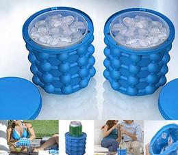Venta caliente 13.2 * 14.1 cm Nuevo Cubo de Hielo Fabricante Genie El Revolucionario Ahorro de Espacio Fabricante de Cubitos de Hielo 3D Creativo Molde de Hielo Genie Herramientas de Cocina desde fabricantes