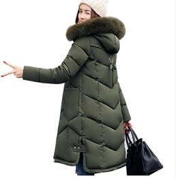 manteau d'hiver à capuche pour femme longtemps Promotion Femmes vestes 2017 Fourrure À Capuchon Veste pour femmes Rembourré Coton Bas Manteau D'hiver femmes Long Parka Femmes Manteaux Vêtements Plus La taille