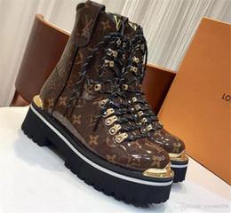 AVEC LA BOÎTE Rivoli Sneaker Botte Hommes Marque De Luxe Designer Formateurs Baskets Casual Chaussures Damier Graphite Toile Haut- Sneakers Bottes De Randonnée ? partir de fabricateur