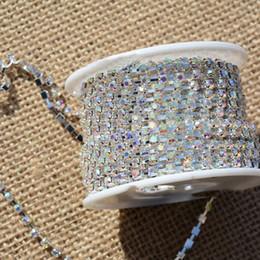 Rhinestone cup chain on-line-10 m / roll Base Claro SS6.5-16 Cristal Denso Rhinestone Cadeia de Vidro Strass Copo Cadeia De Cristal para a decoração da jóia DIY achados
