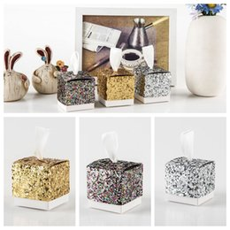 Wholesale Paper Favor Candy Bags Wholesale - Glitter Paper Candy Sweet Gift Boxes Bags Wedding Favor Boxes Baby Shower Gift Box Cake Gift OOA4417