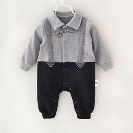cfe9b05cb Pamajas para bebés bebés mameluco Gentleman Air algodón ventean otoño  primavera invierno recién nacido ropa para bebés niños pequeños mono  infantil