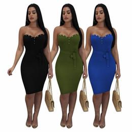 ecd5dad42e61 Le donne off spalla dress estate nuovo design sexy bodycon fasciatura abito  fodero arco fusciacche da