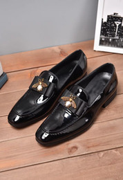 men patent leather shoes oxfords Promo Codes - Black Leather Mens Dress Shoes Fashion Designer Office Business Oxford Shoes Top Quality Animal Pattarn Slip-on Breathable Wedding Shoes