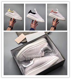 Wholesale peach paper - Real Leather, Low Mc Thick bottom Increase Shoes Queen Sole sneakers , with original box dustbag card paper