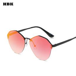6fd6f15de0ce3 HBK Novas Mulheres Sem Aro Óculos De Sol Clássico Retro Rodada Gradiente  Vintage Vermelho Cinza Rosa Feminino Óculos de Sol Oculos Homens Unissexo de  Luxo ...