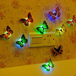 2019 crianças parede luz lâmpada atacado Borboleta Artificial colorido LEVOU Luz Da Noite Festa Em Casa Luzes de Decoração Do Quarto de Casamento Lâmpada Adesivos de Parede Crianças Presente Preço de Atacado crianças parede luz lâmpada atacado barato