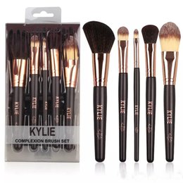 Wholesale Makeup Gift Sets Wholesale - DTC kylie Jenner Cosmetics Kylie 5pcs makeup brushes Sets Price Brown Brushes kits Foudation Makeup Brushes High Tech Make Up Tools + Gift!