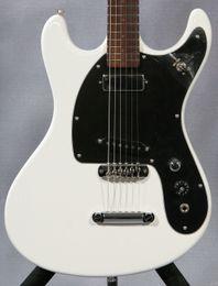 Ventures Johnny Ramone Mosrite '65 Reissue Mark II Deluxe Guitare Électrique Blanche Dimarzio FS-1 (Bridge) Mini Humbucker (Neck) Micros ? partir de fabricateur