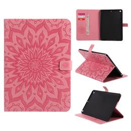 Wholesale Gold Ipad Mini Case - Sunflower Pattern Leather Wallet Auto Sleep Wake Tablet Case For Samsung T580 iPad 2 3 4 5 6 Pro 10.5 Mini 4