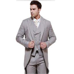 Длинные вечерние пальто онлайн-2018 grey men suit for wedding long tailcoat peaked lapel classic jacket slim fit tuxedos elegant coat 3 piece for evening party