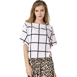 Wholesale beautiful bat - 2017 New Chiffon Shirt Women Summer Beautiful Loose One Size Big Bat Shirt Black And White Large Plaid Blouses For Women