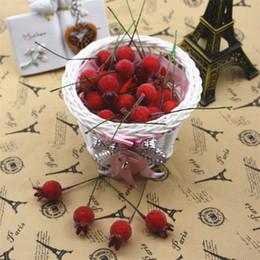 Fiori di vetro artificiale online-100pcs mini vetro falso melograno frutta piccole bacche fiori artificiali rosso ciliegia stame wedding natale decorativo
