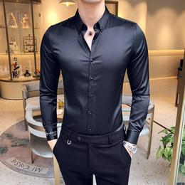 Vêtements d'affaires coréens en Ligne-Automne chemise de couleur sauvage casual manches longues broderie beau de la mode coréenne des hommes d'affaires pour vêtements en coton Slim