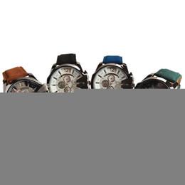 2019 relógios de couro v6 V6 Mens Relógios De Quartzo De Couro Pu Luxo Caso de Ouro Big Dial Men Watch Analog Mens Vestido Relógios WWSP0201 desconto relógios de couro v6