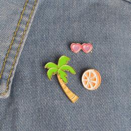 Wholesale Coco de suco de laranja coração óculos de sol rosa flamingo broche lapela pin para camisa jaqueta saco de pacote broches pinos jóias
