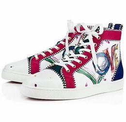 Новый многоцветный отделка Привет топ шипованных Шипы случайные квартиры Красное дно роскошные туфли новый для мужчин и женщин партии дизайнер кроссовки любителей обуви от