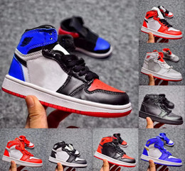 Wholesale High Top Sneakers Girls - Kids Air Retro 1 OG High Top 3 Basketball Shoes Retro 1s Chicago Hare Banned Sneakers 9 Color Boys Girls Shoes