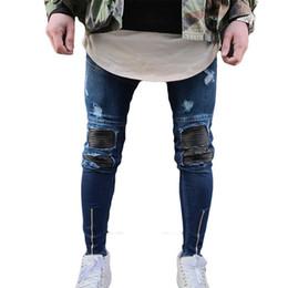 patchs de danse Promotion En gros 2018 Mode Casual genou patch plissé moto hip hop dance street Biker jeans hommes jambe fermeture à glissière montrer mince pantalon