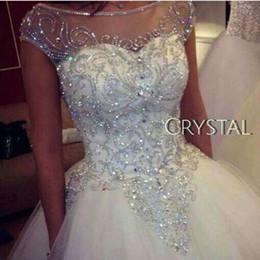 Argentina Lujosos diamantes de imitación cristales vestidos de novia de la princesa 2018 venta caliente nuevos reales de la imagen casquillo de la manga vestido de tul vestidos de novia escarpas W210 Suministro