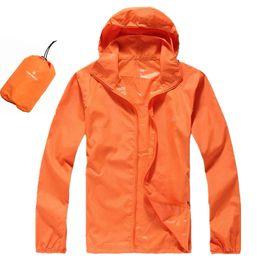 2018 hombres de moda de secado rápido Senderismo Chaquetas del norte  Impermeable Protector solar Deportes al aire libre Cara Abrigos Piel Hombre  Mujer ... 6ce38e6cbbce2