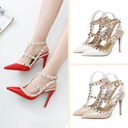 Zapatos de tacón alto de las mujeres Partido Remaches de moda Chicas Sexy Zapatos de punta estrecha Hebilla Plataforma Bombas Zapatos de boda Negro Blanco Color rosa desde fabricantes