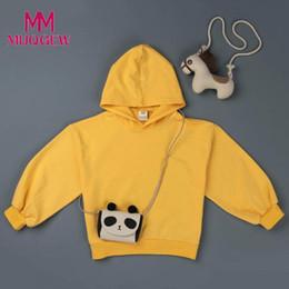818385cccdea6b Vendita calda Toddler Bambini Baby Girl Abbigliamento manica lunga Pullover  con cappuccio Giallo Solid Felpa Top Camicette Camicette Outwears autunno