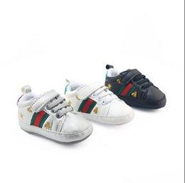 láminas de caucho Rebajas Venta al por menor Zapatos deportivos de primavera y otoño Bebés recién nacidos Chicas Primeros andadores Infantil Niño Suela blanda Zapatillas de deporte Prewalker para 0-18M