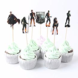 72 pz / lotto Cartoon Justice League Tema Rifornimenti Del Partito Cupcake Topper Bambini Boy Birthday Party Decorations Baby Shower Picks da