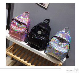 Wholesale sports bling wholesale - 3styles Women Holographic Backpack Laser Sport Bags Fashion Style Bling Shining Backpack Girls Shoulder Bags FFA488
