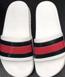 Wholesale fashion flops - 2018 Black Rubber Slide Fashion Sandal Slippers Green Red White Stripe Fashion Design Men Women with Box Classic Ladies Summer Flip Flops