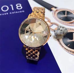 armband lila gold Rabatt heiße Verkaufsluxusfrauenuhr Raute-Vorwahlknopfart und weise Stahlarmband-Kette Rose Gold / purpurrote Kleiduhr Dame Wristwatches Japan-Bewegung