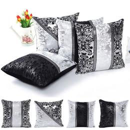 Wholesale white sofa black cushions - Classical Black and White Flower Pillow Case Cushion Case Home Sofa Car Decor Accessories 4 Styles NNA363