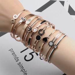 2019 arte jóias de pressão Pulseira de aço de titânio feminino versão coreana não se desvanece pequeno fresco pulseira simples rosa de ouro selvagem floresta bracel