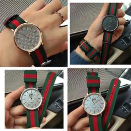 Wholesale Colorful Men Watches - 2018 Top Men Chronograph Quartz Watch Fashion women dresses Watches Sport high quality Wristwatches top design Nice clock Colorful nylon DW