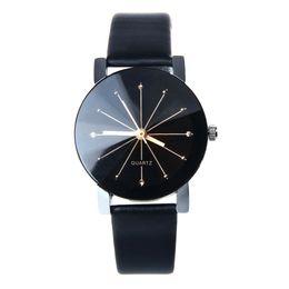 черные кожаные наручные часы Скидка Hot Bracelets Womens Fashion Quartz Dial Clock Leather Wrist Watch Round Case Cuff Black for Women Jewelry Gift Drop Shipping